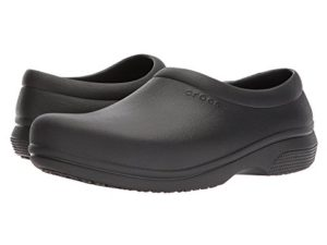 crocs bartending shoes